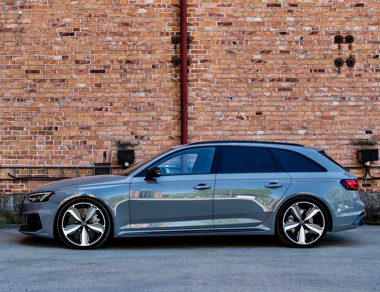 Audi Rs4 Avant Review Possibly The Best All Around Car In