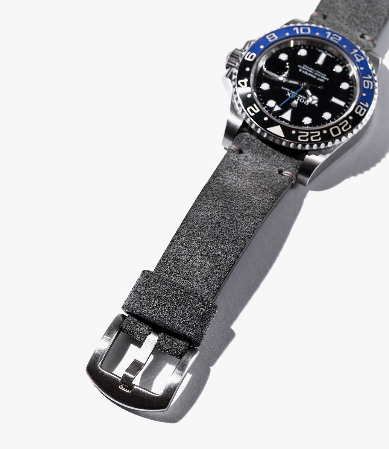 Leather-Watch-Bands-gear-patrol-Bas-and-Loks-Grey-slide-2