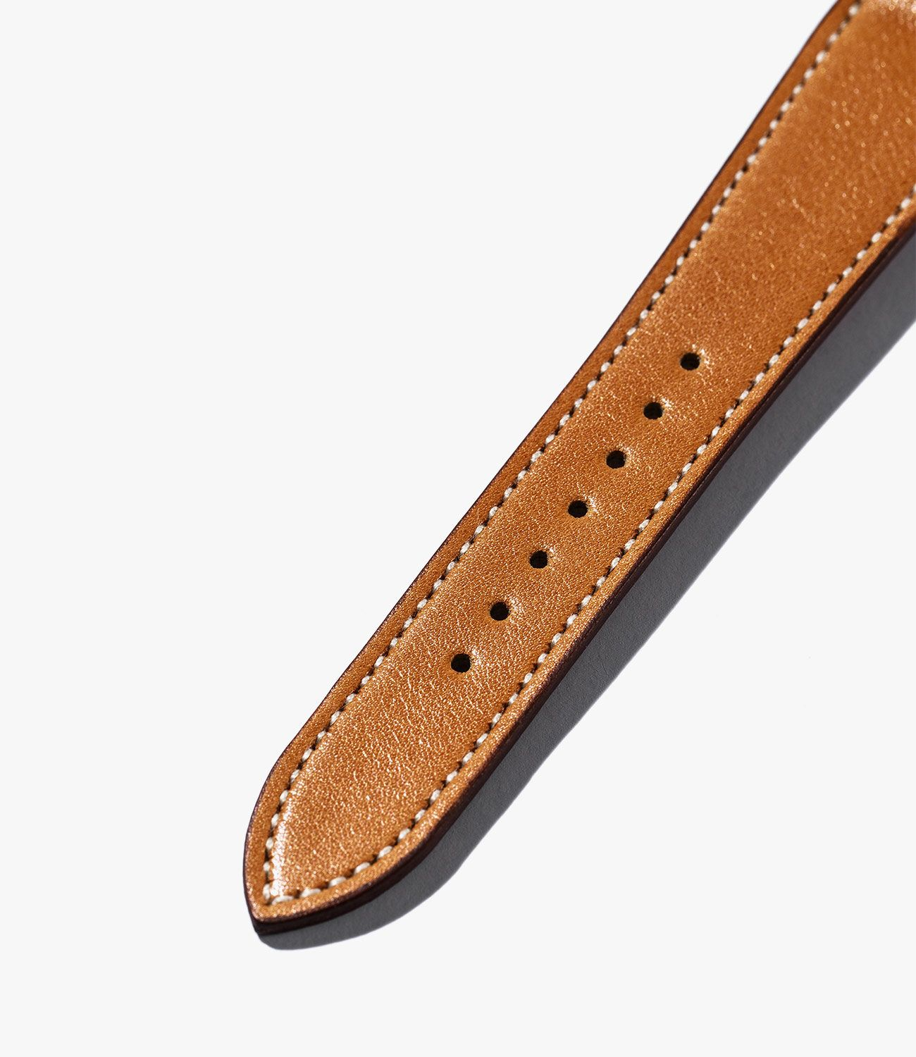 Leather-Watch-Bands-gear-patrol-Crown-and-Buckle-Tan-slide-2