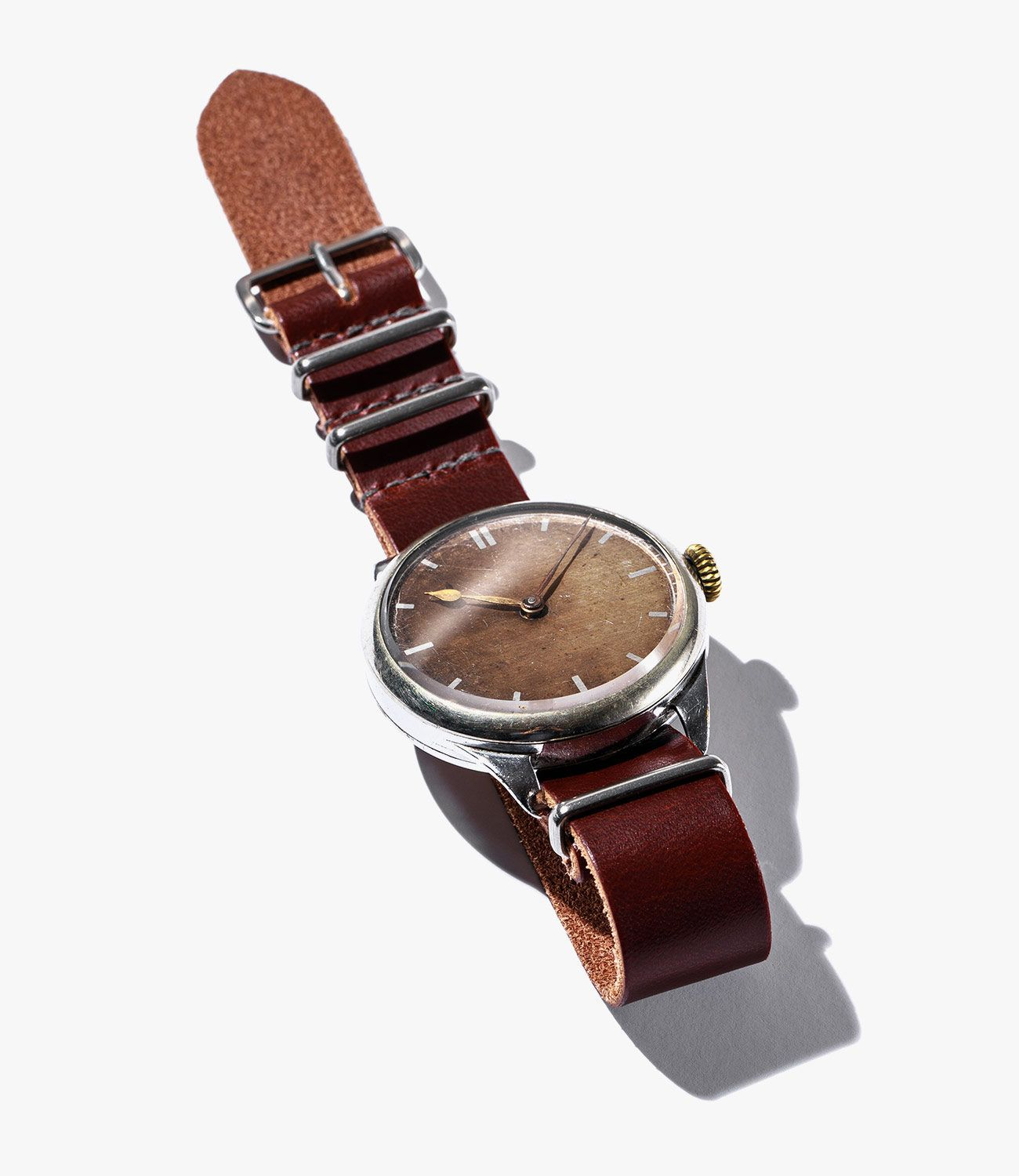 Leather-Watch-Bands-gear-patrol-Worn-and-Wound-Mil-Single-Pass-slide-1