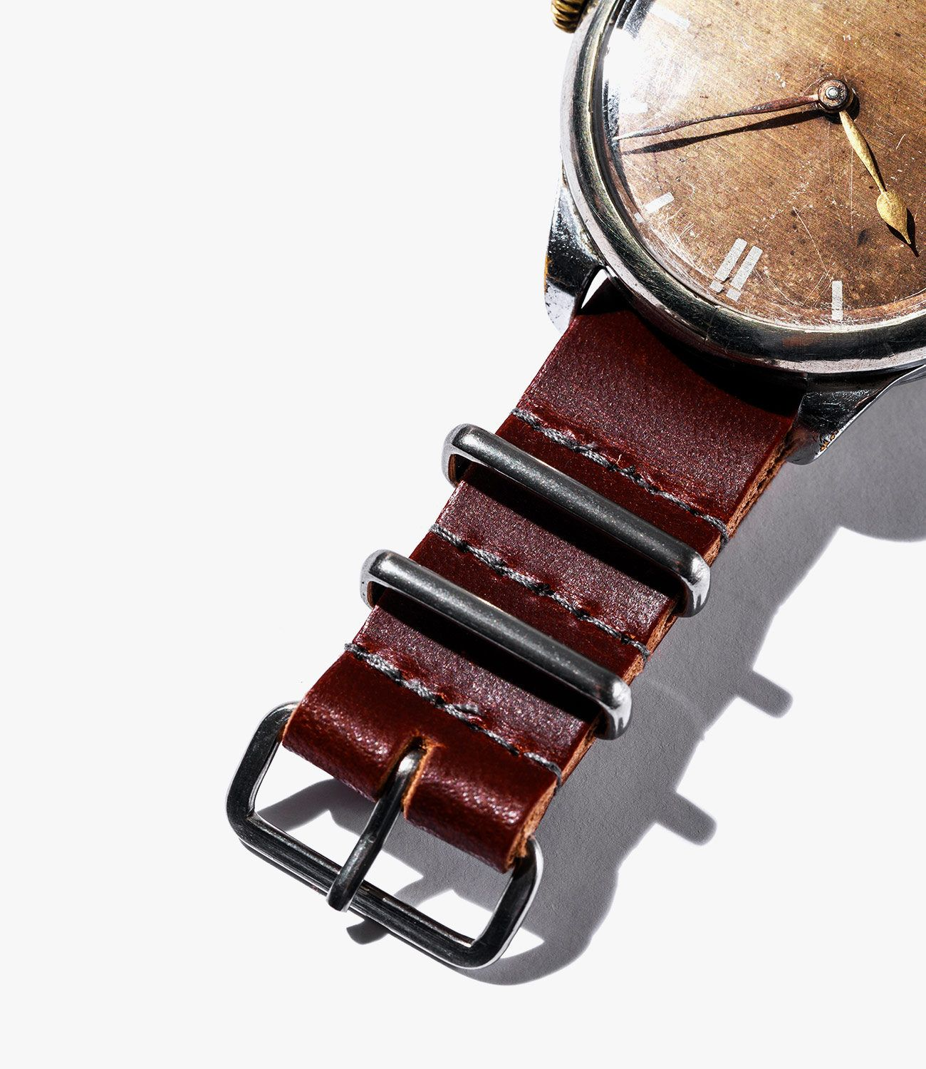 Leather-Watch-Bands-gear-patrol-Worn-and-Wound-Mil-Single-Pass-slide-2