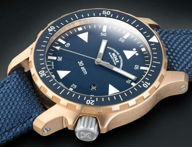 This Dive Watch Proves Bronze Cases and Blue Dials Belong Together