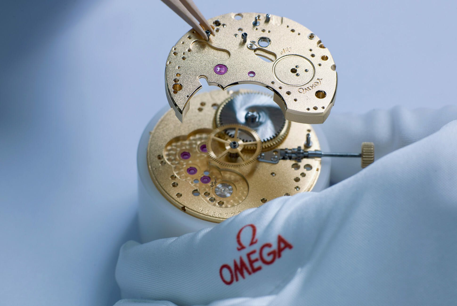 Omega-Chronograph-Limited-Edition-with-Original-Omega-Movement-gear-patrol-3