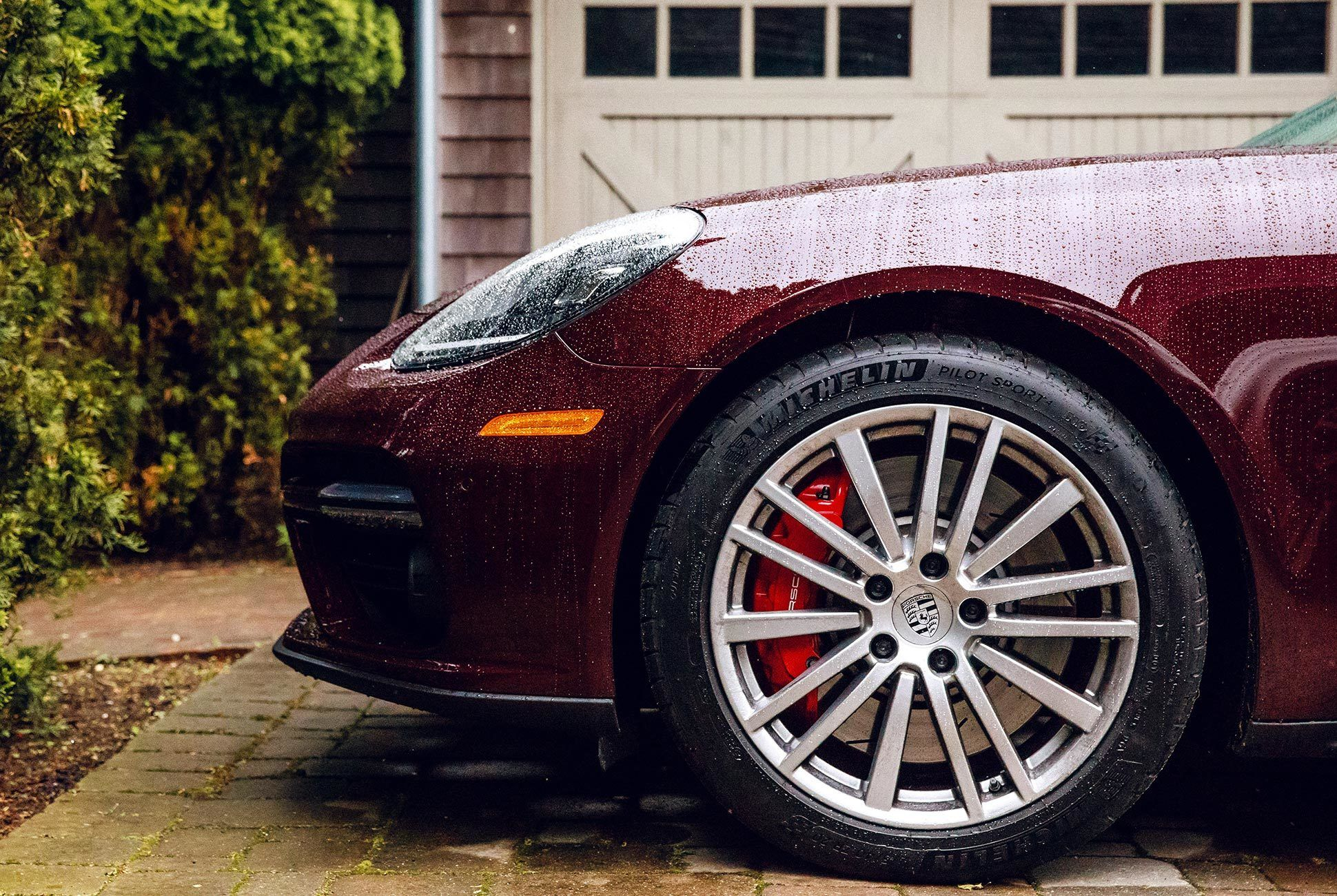 Porsche-Panamera-Turbo-Sport-Turismo-Review-gear-patrol-slide-15