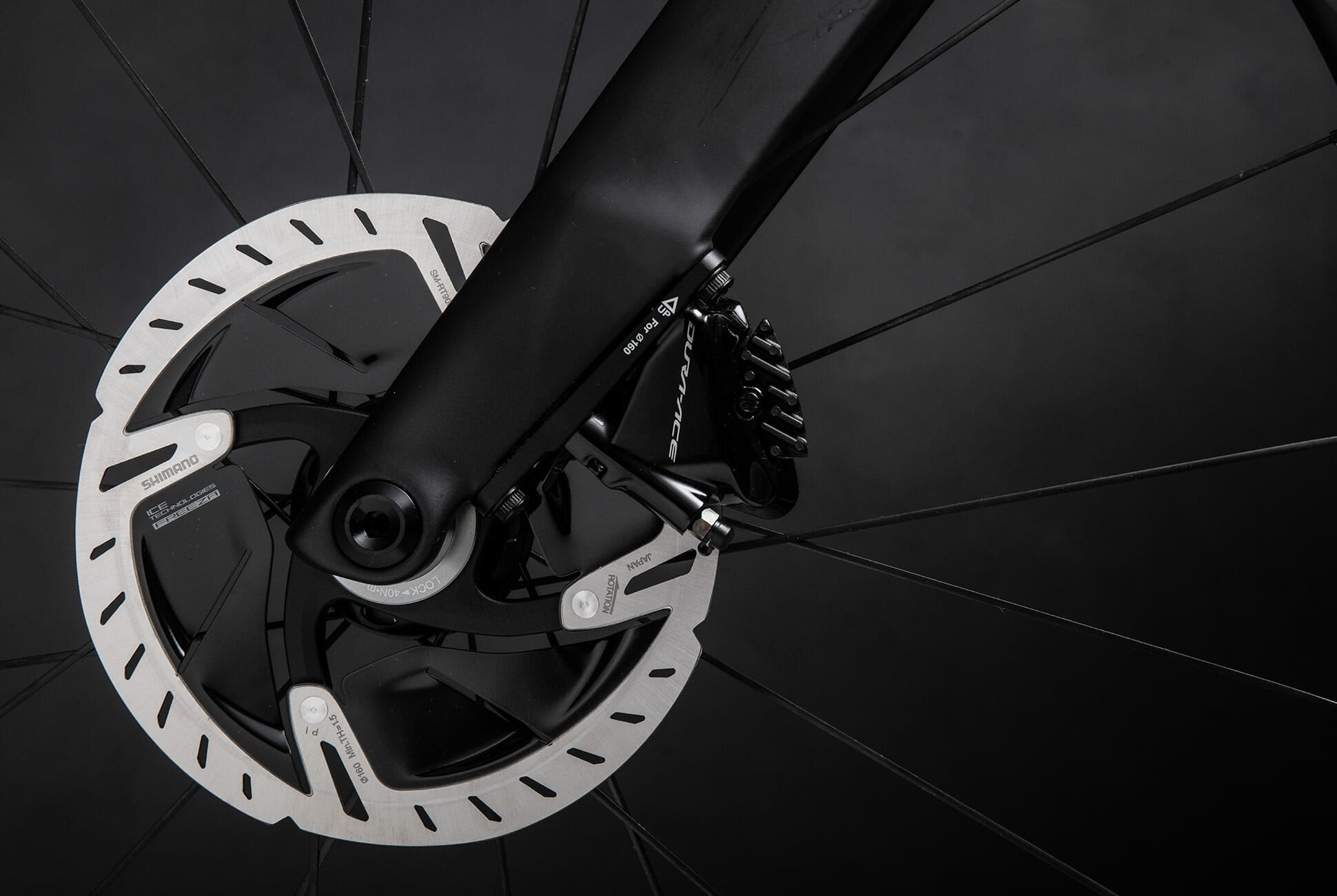 Specialized-S-Works-Venge-Road-Bike-gear-patrol-slide-10