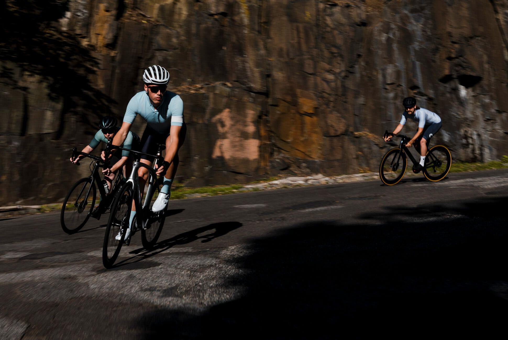 Summer-Cycling-Kits-2018-gear-patrol-af-slide-2