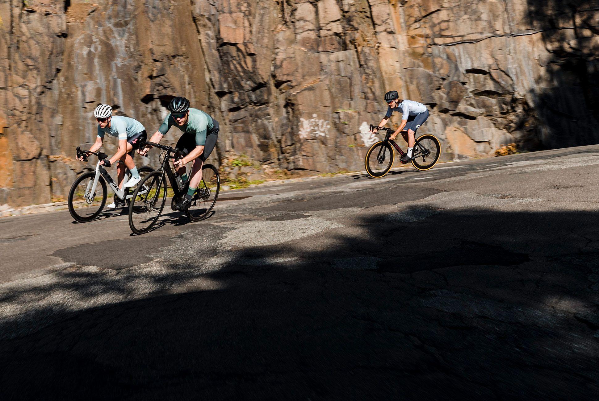 Summer-Cycling-Kits-2018-gear-patrol-aj-slide-3