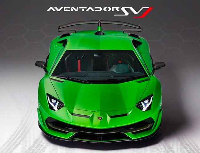 This Will Be the Last Non-Hybrid Lamborghini V12