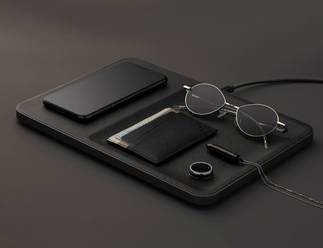 This Elegant, Leather Wireless Charger Is Also a Valet Tray