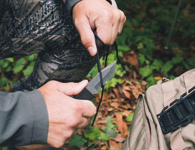 This New Tanto Knife Is Designed to Keep You Alive in the Wilderness