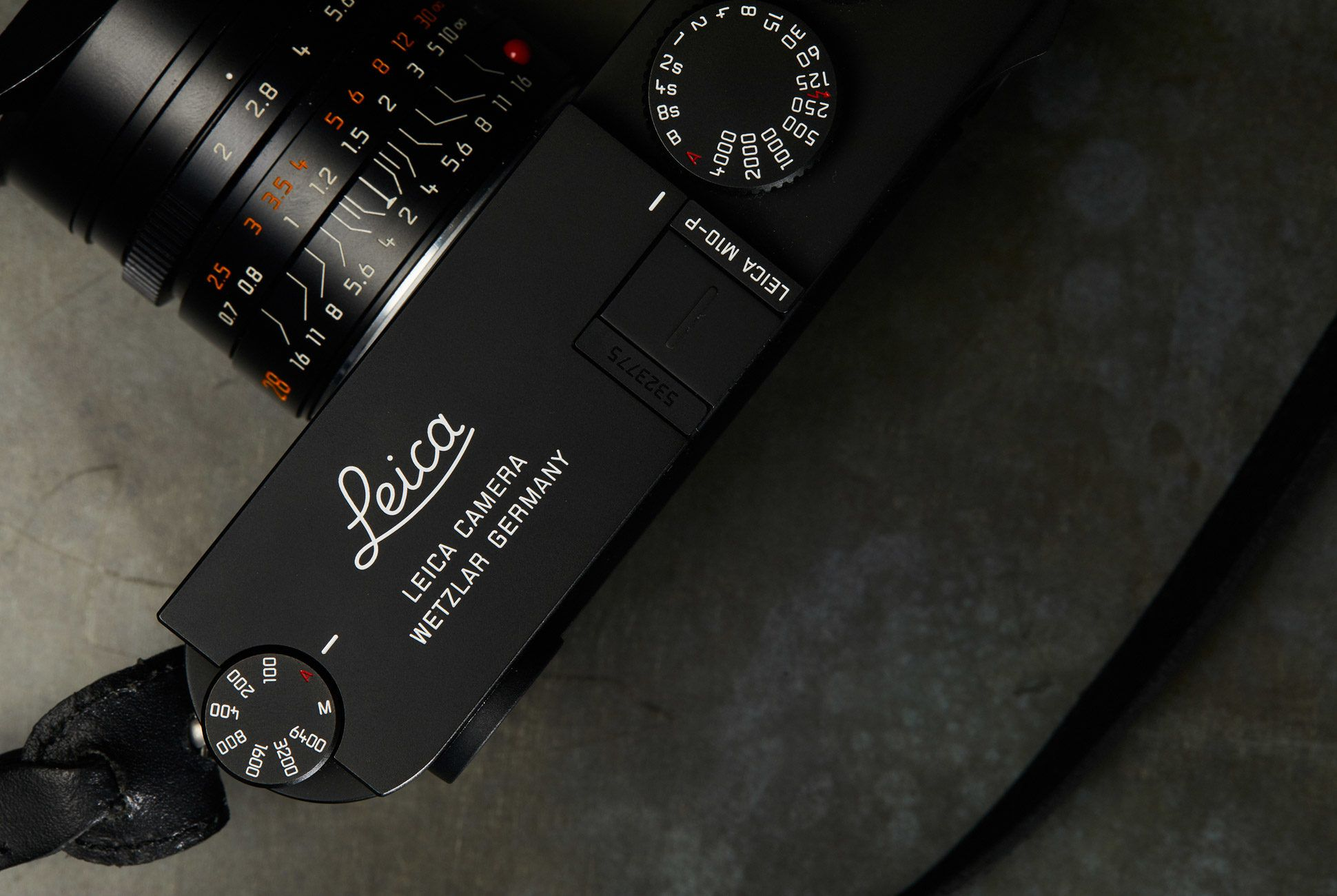 Leica-M10P-Gear-Patrol-Slide-4