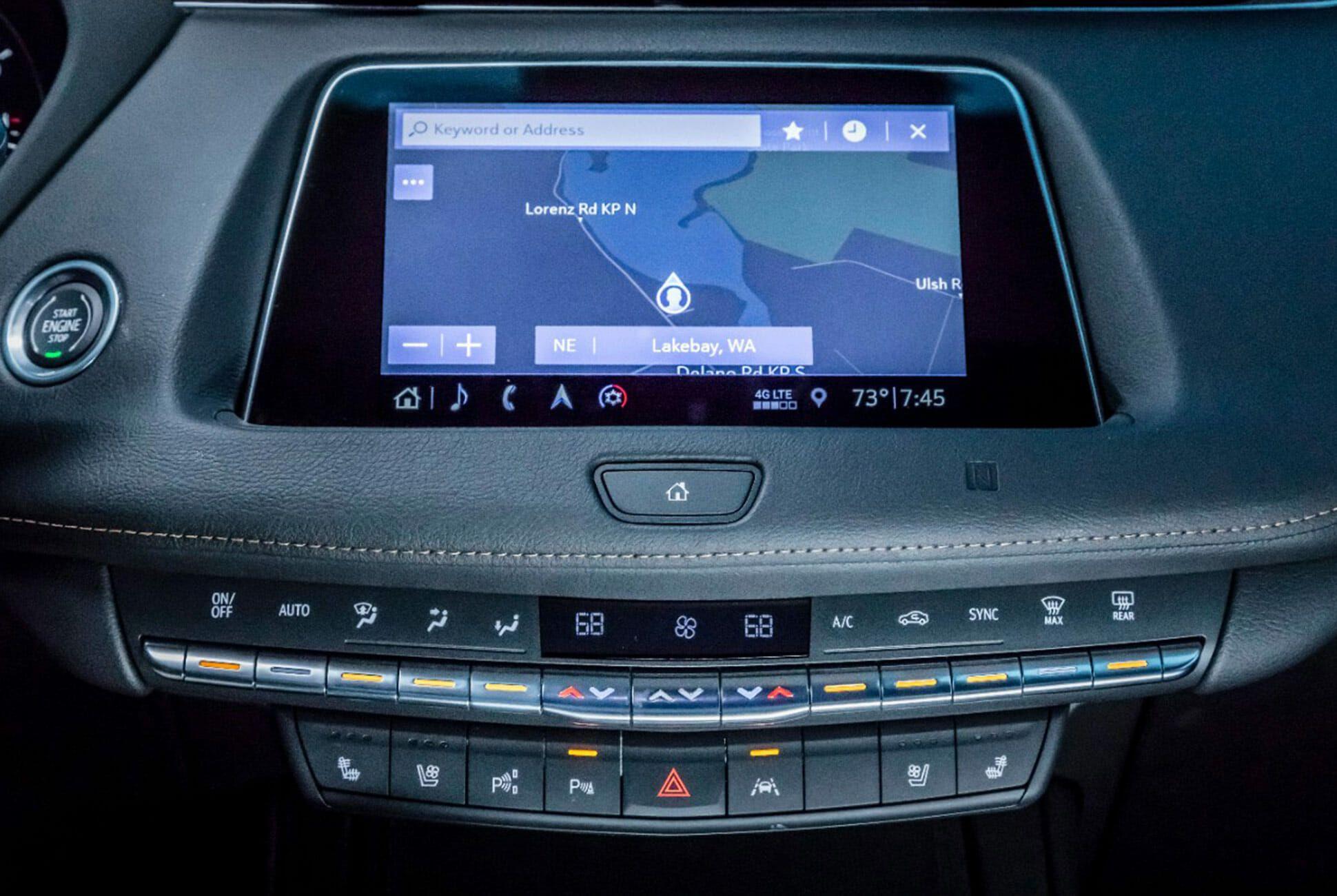 2019-Cadillac-XT4-Gear-Patrol-slide-10