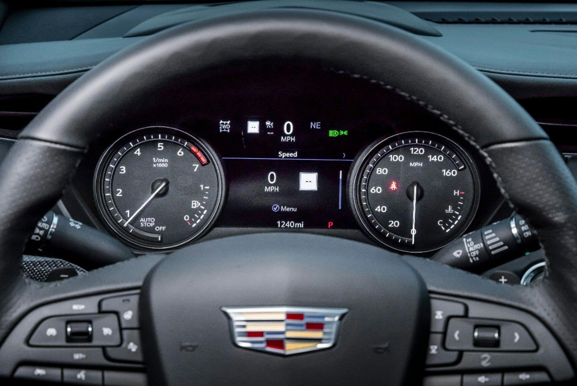 2019-Cadillac-XT4-Gear-Patrol-slide-9