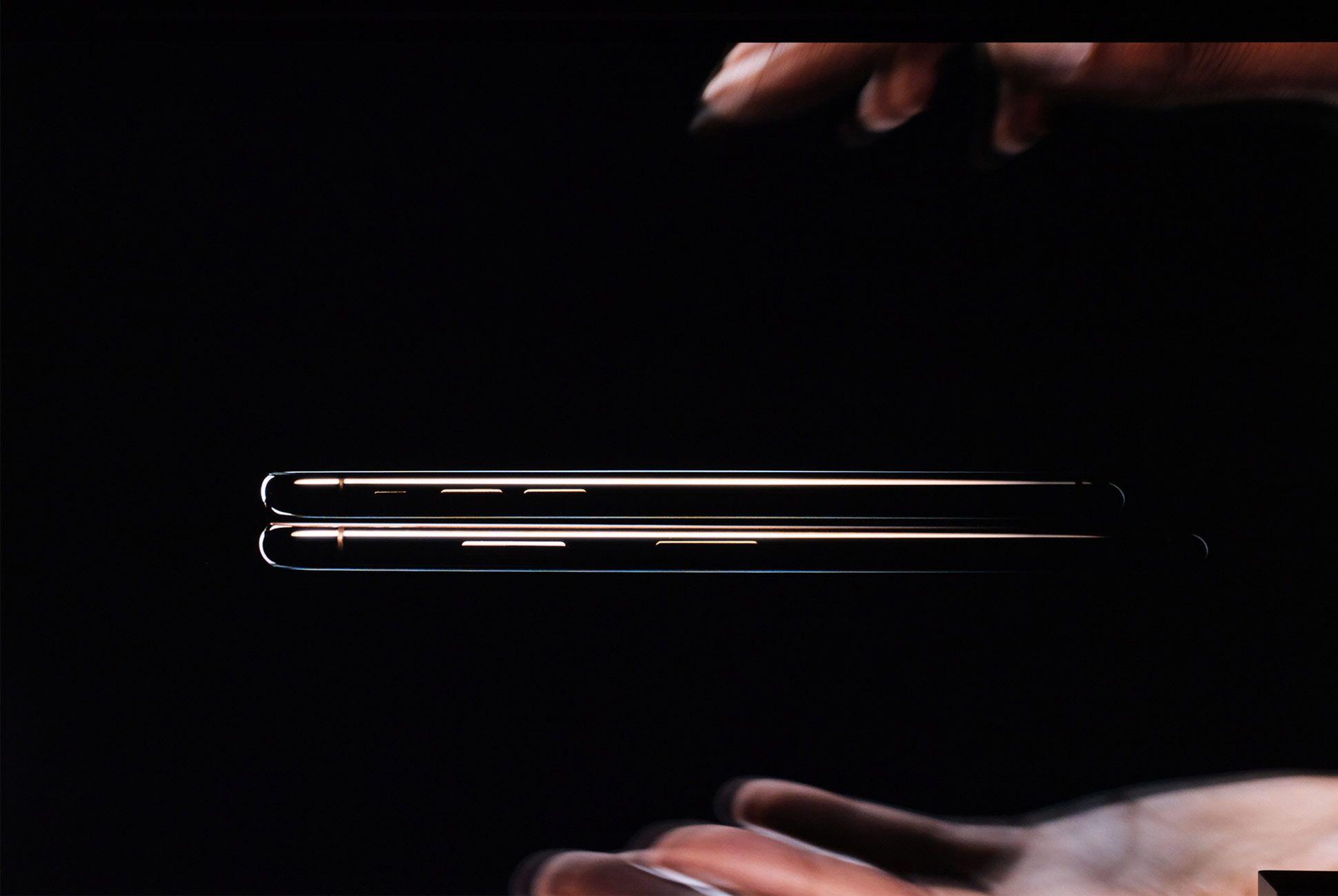 Apple-Event-LIVE-iPhone-Gear-Patrol-Slide-1