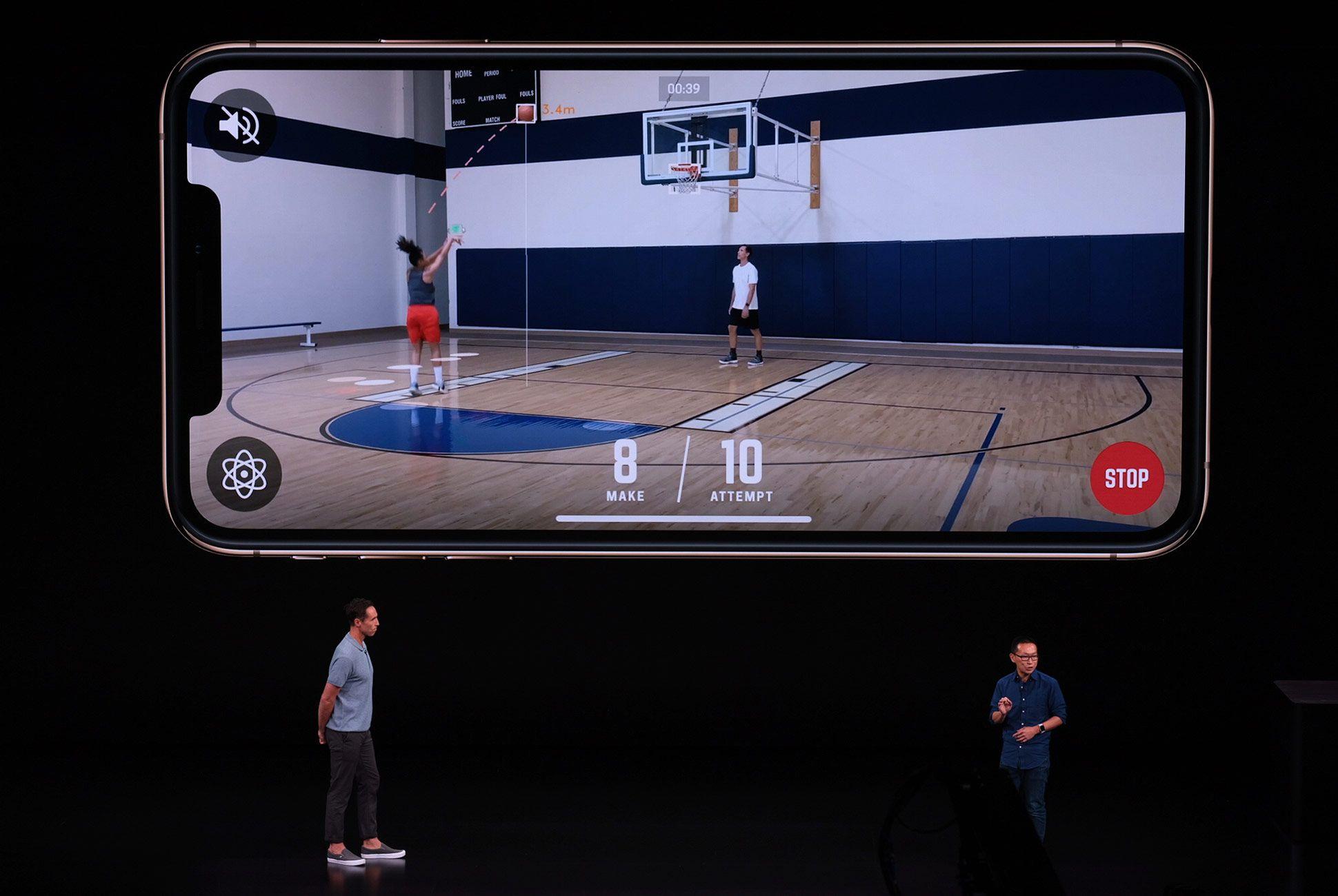 Apple-Event-LIVE-iPhone-Gear-Patrol-Slide-7