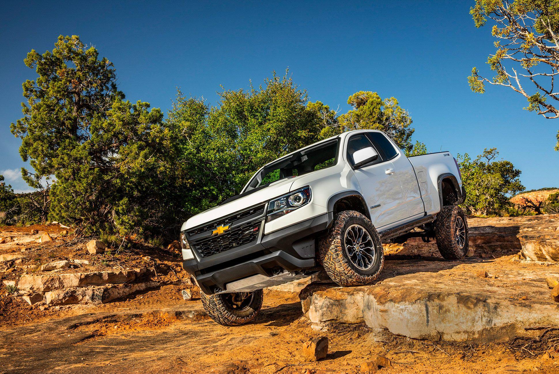 Chevy-Colorado-ZR2-Review-Gear-Patrol-Slide-1