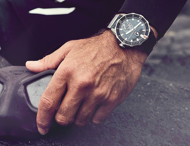 An Experimental Watchmaker Releases a Funky Chronometer Dive Watch