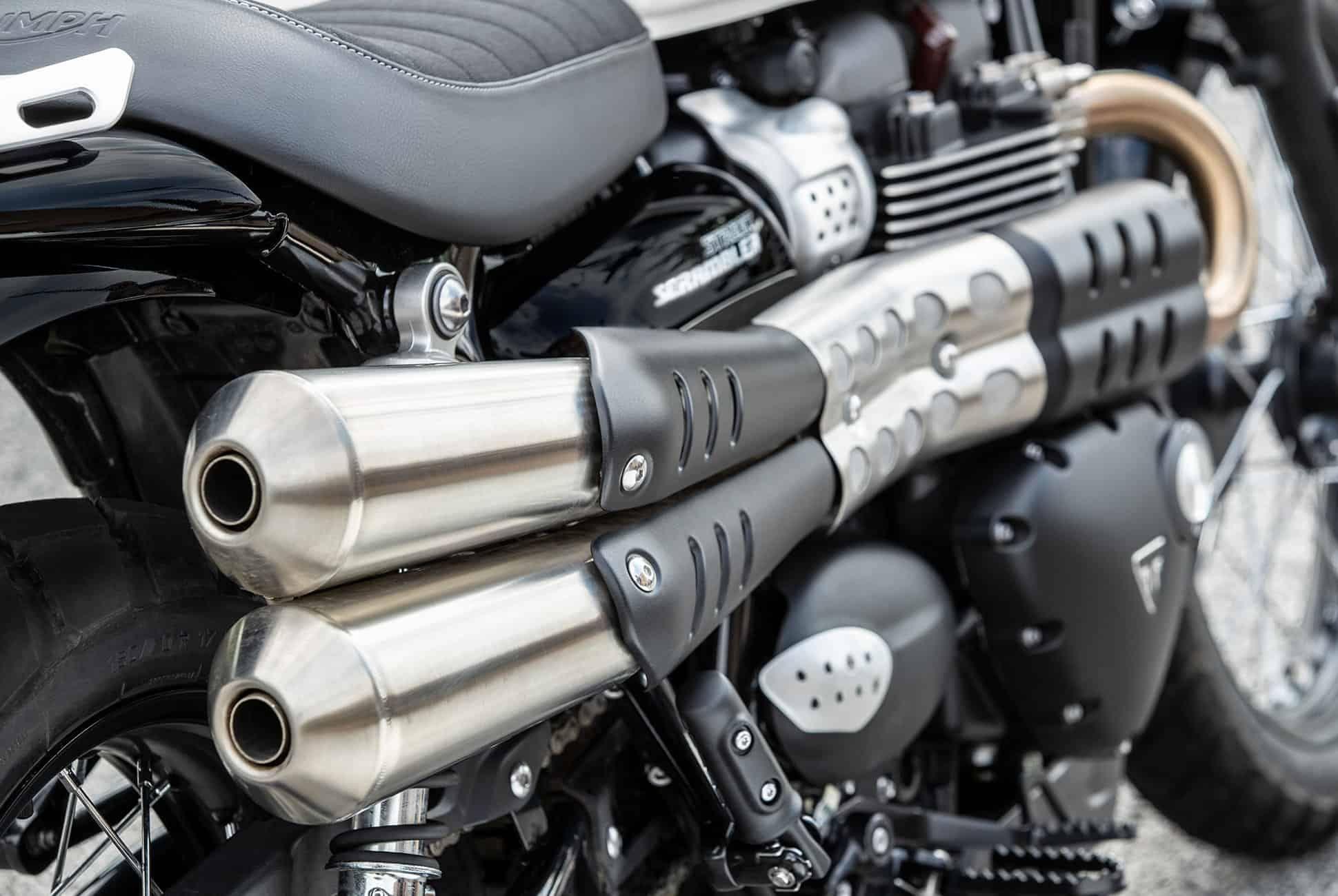 2019-Triumph-Street-Scrambler-gear-patrol-slide-11