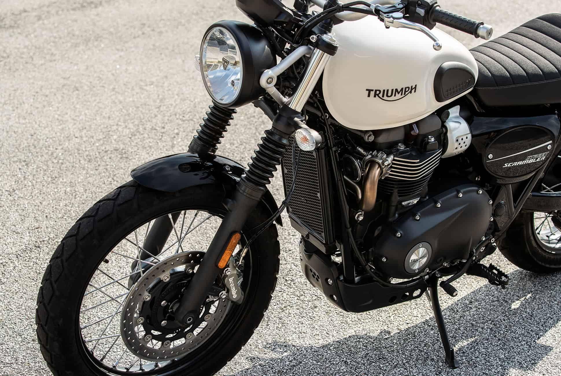 2019-Triumph-Street-Scrambler-gear-patrol-slide-7