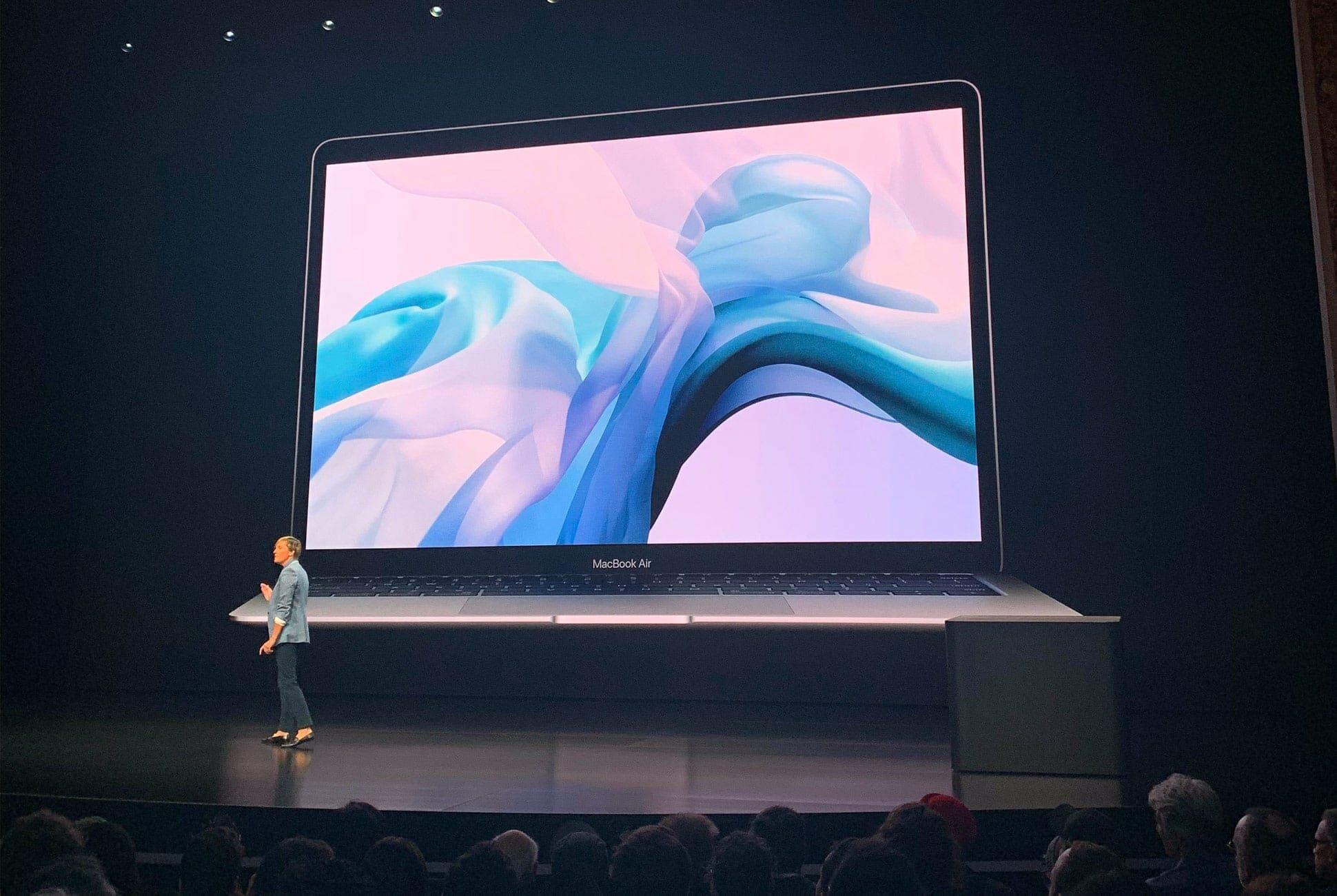 Apple-Event-NYC-2018-MacBook-Air-gear-patrol-slide-5