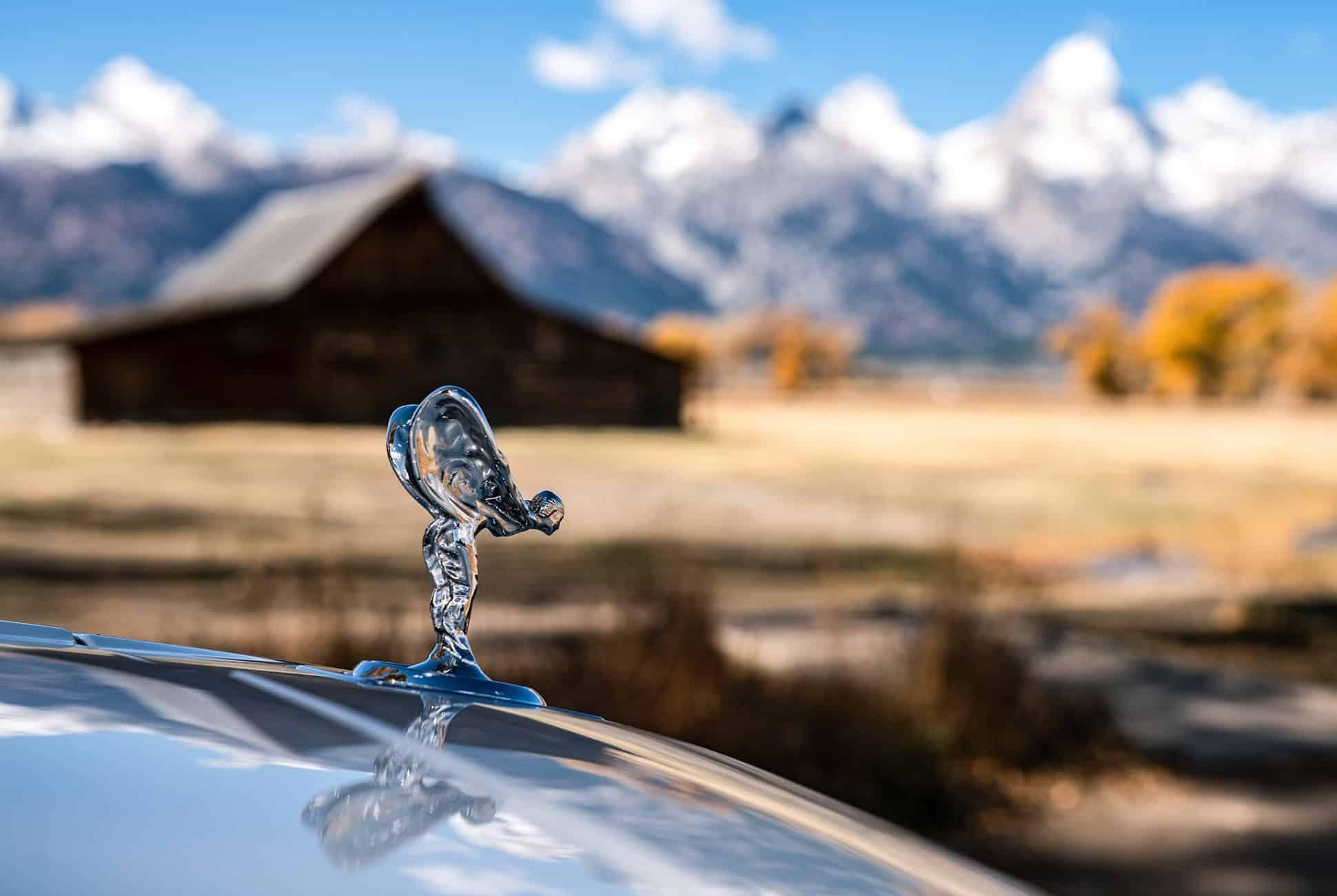 Rolls-Royce-Cullinan-Review-gear-patrol-slide-8