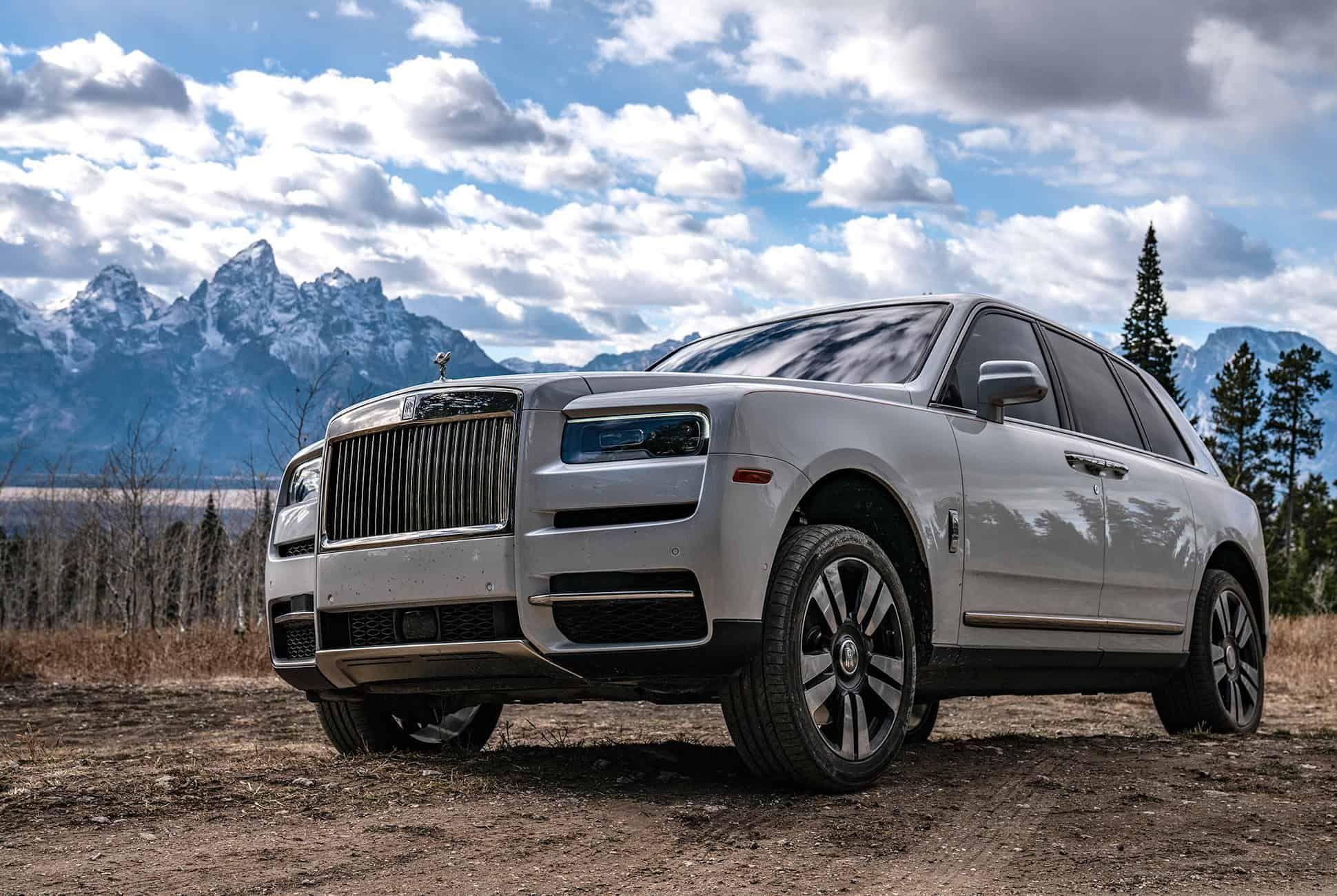 Rolls-Royce-Cullinan-Review-gear-patrol-slide-9