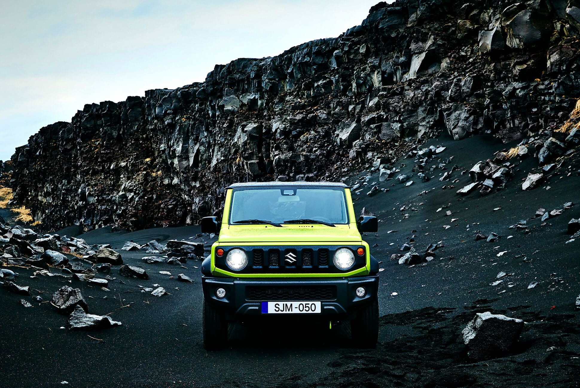 Suzuki-Jimny-Design-Award-gear-patrol-slide-1