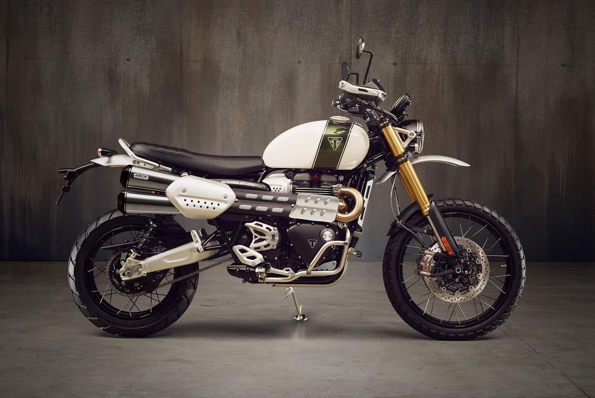 Triumph-Scrambler-1200-gear-patrol-slide-01