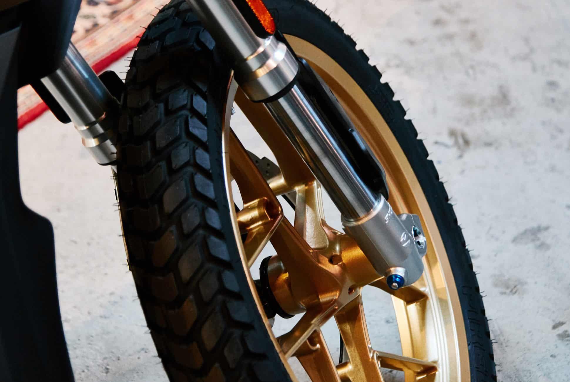 Zero-Motorcycles-2019-Gear-Patrol-Slide-2