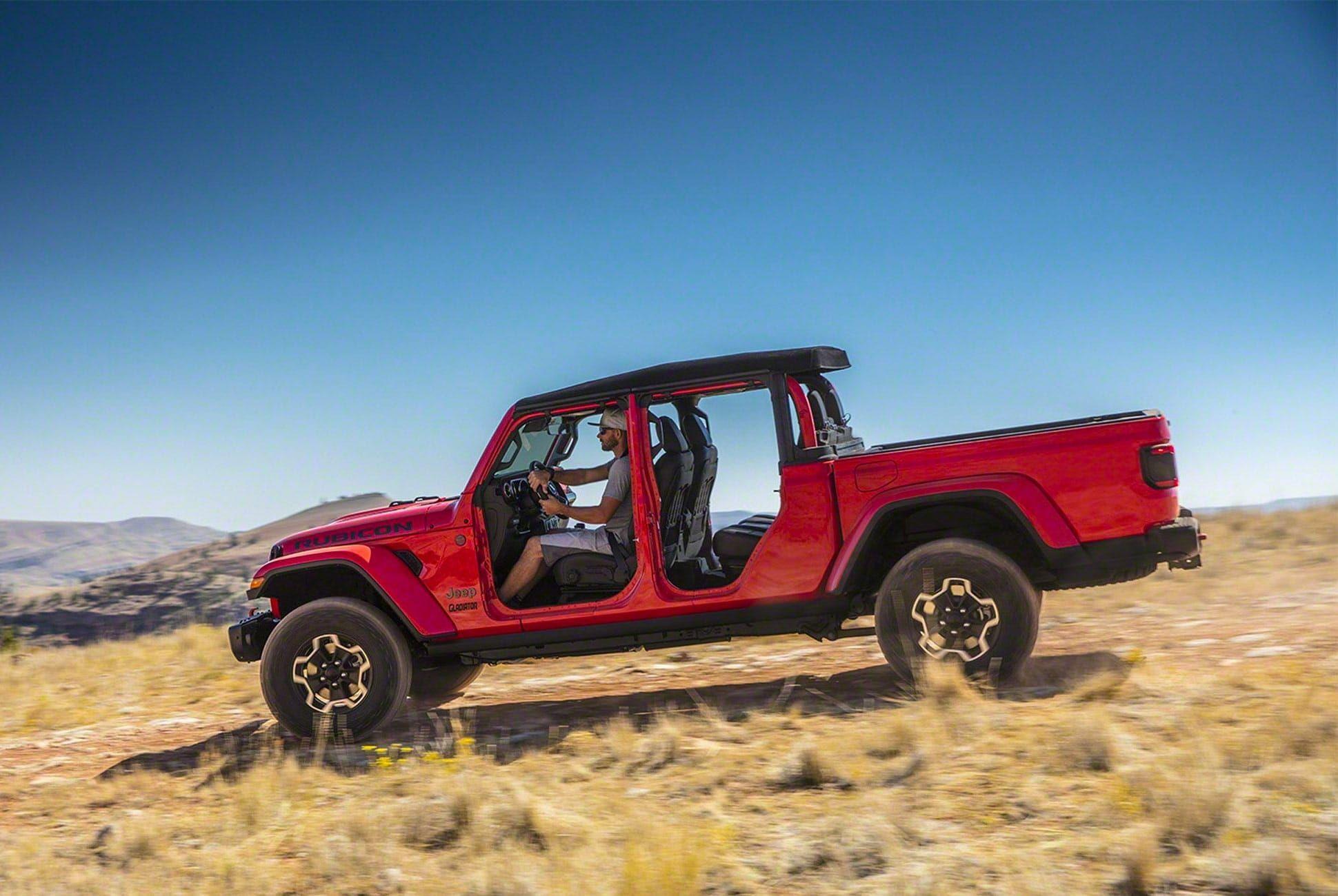 2019-Jeep-Gladiator-gear-patrol-slide-3
