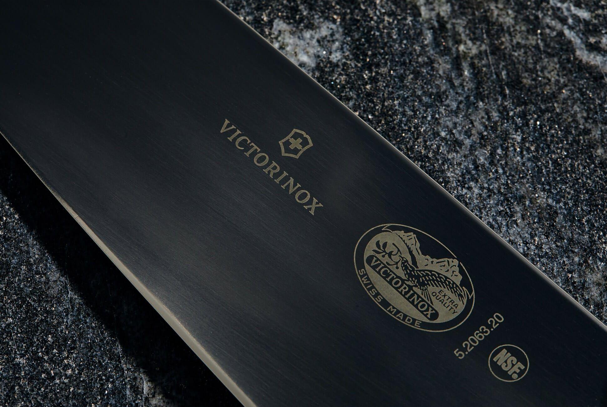 Best-Kitchen-Knives-Gear-Patrol-Victorinox-SLide-2