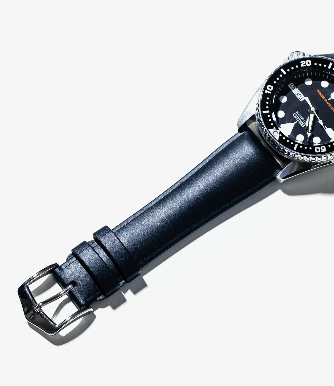 Best-Rubber-Straps-gear-patrol-Hirsch-slide-2