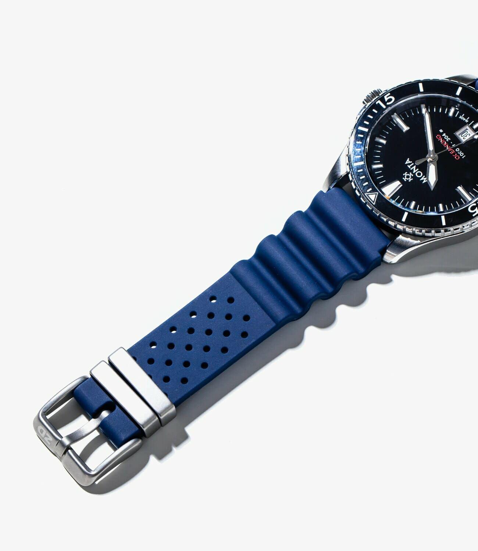 Best-Rubber-Straps-gear-patrol-Watch-Gecko-slide-2