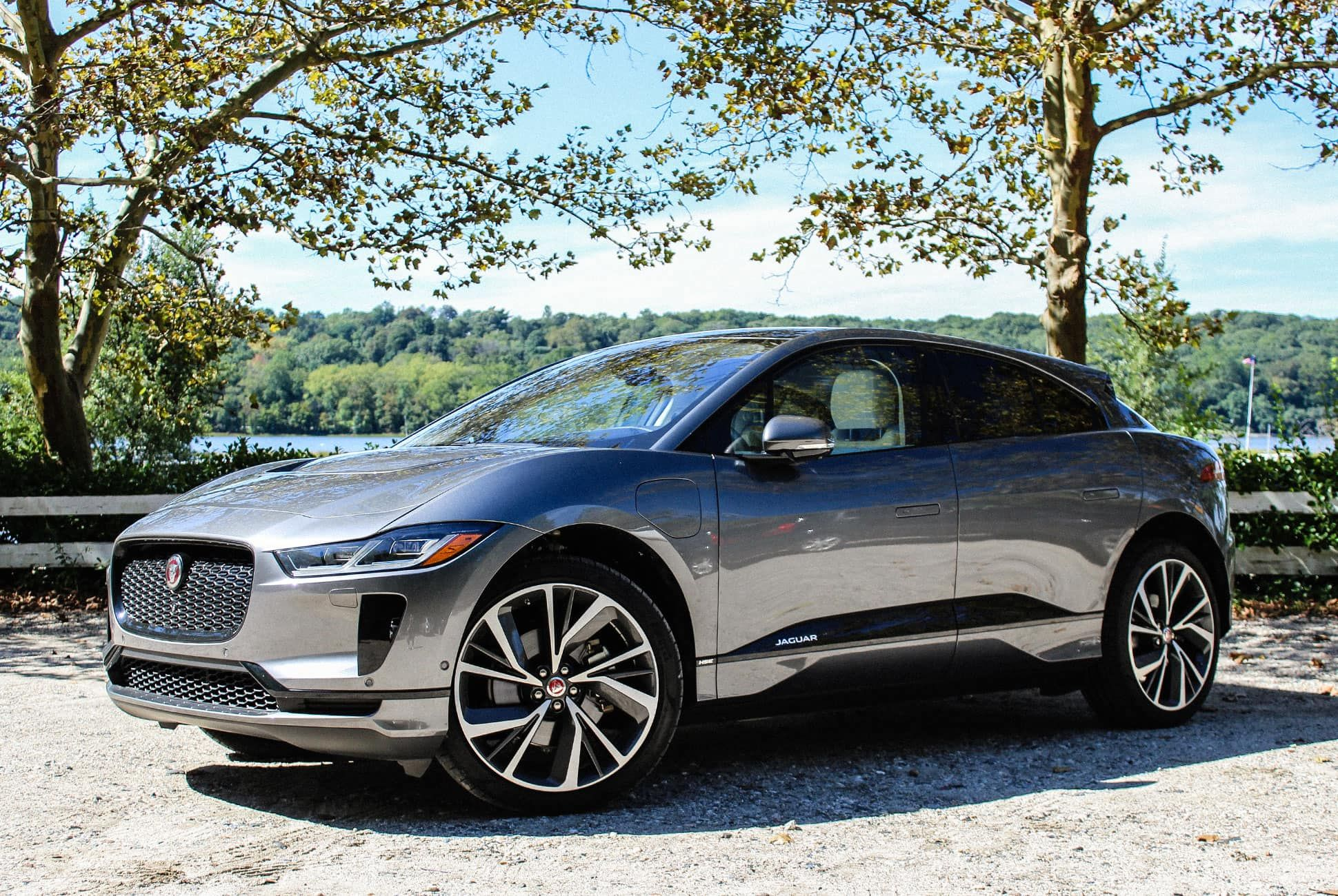 Jaguar-I-Pace-Review-gear-patrol-slide-1