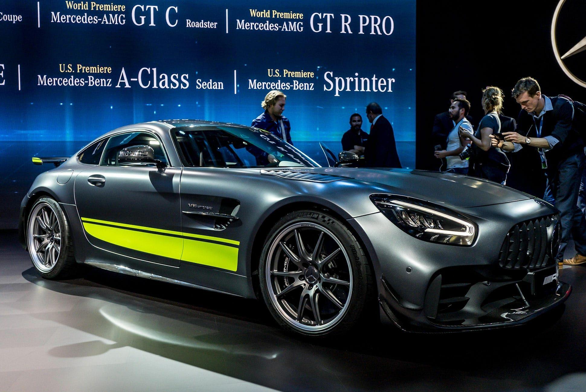 Top-10-LA-Auto-Show-Cars-gear-patrol-AMG-GTR-Pro-slide-1