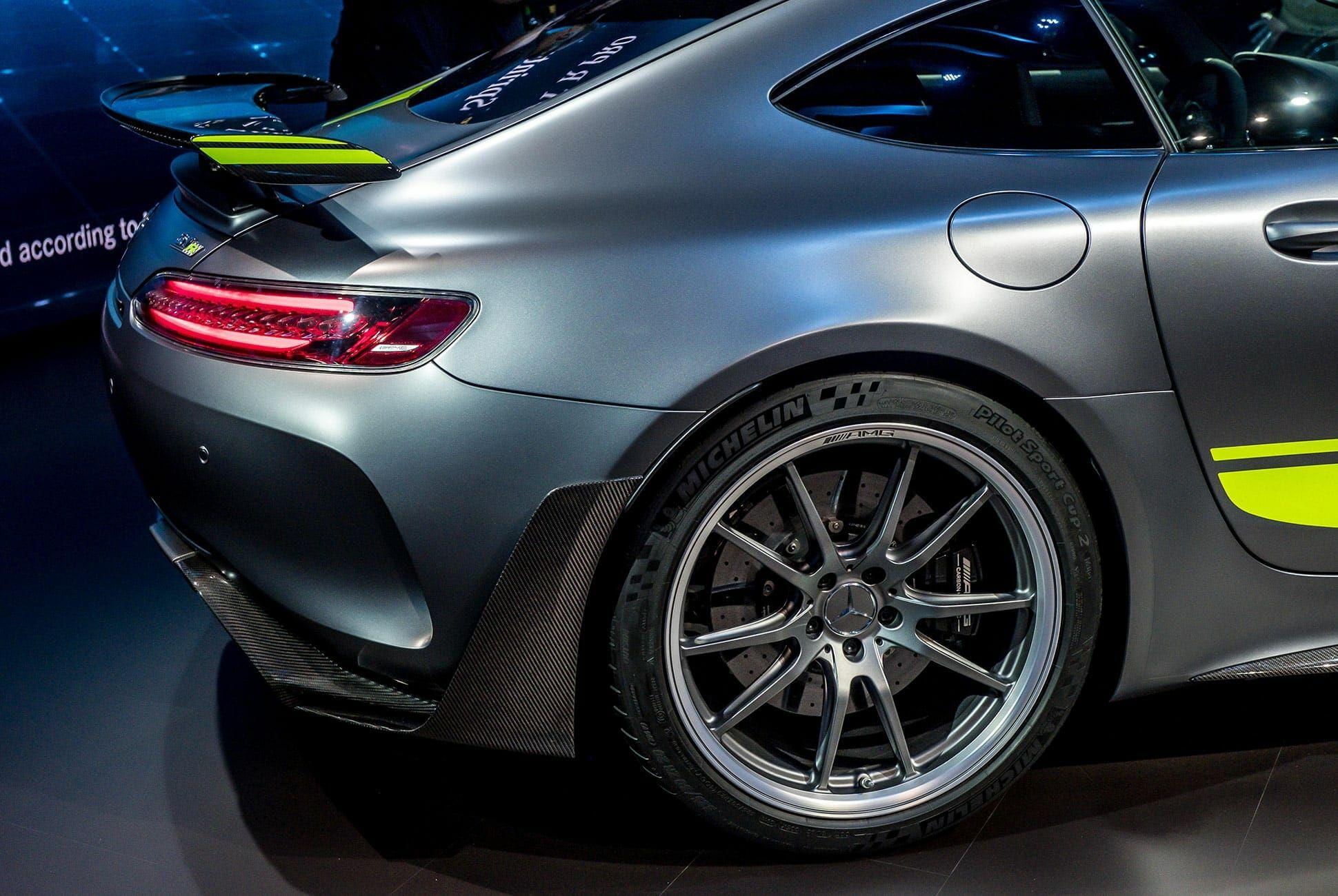 Top-10-LA-Auto-Show-Cars-gear-patrol-AMG-GTR-Pro-slide-2