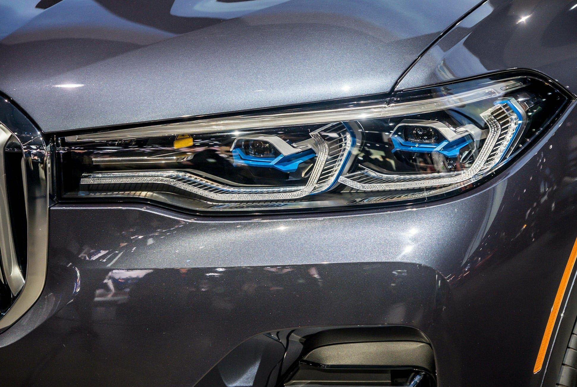 Top-10-LA-Auto-Show-Cars-gear-patrol-BMW-X7-slide-2