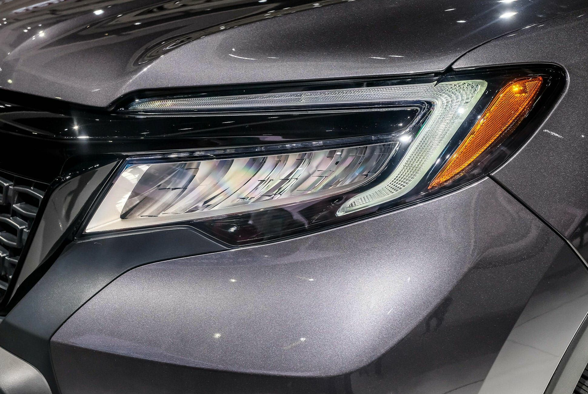 Top-10-LA-Auto-Show-Cars-gear-patrol-Honda-Passport-slide-3