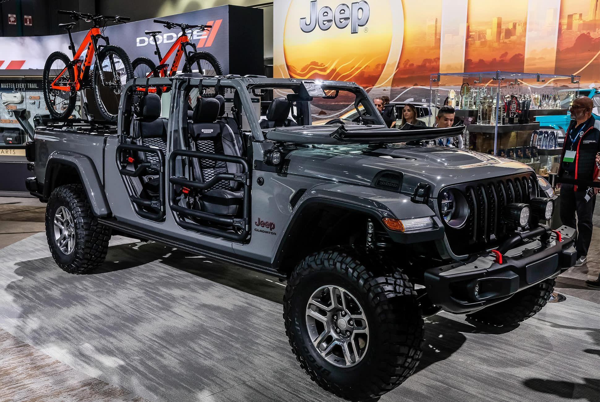 Top-10-LA-Auto-Show-Cars-gear-patrol-Jeep-Gladiator-slide-1