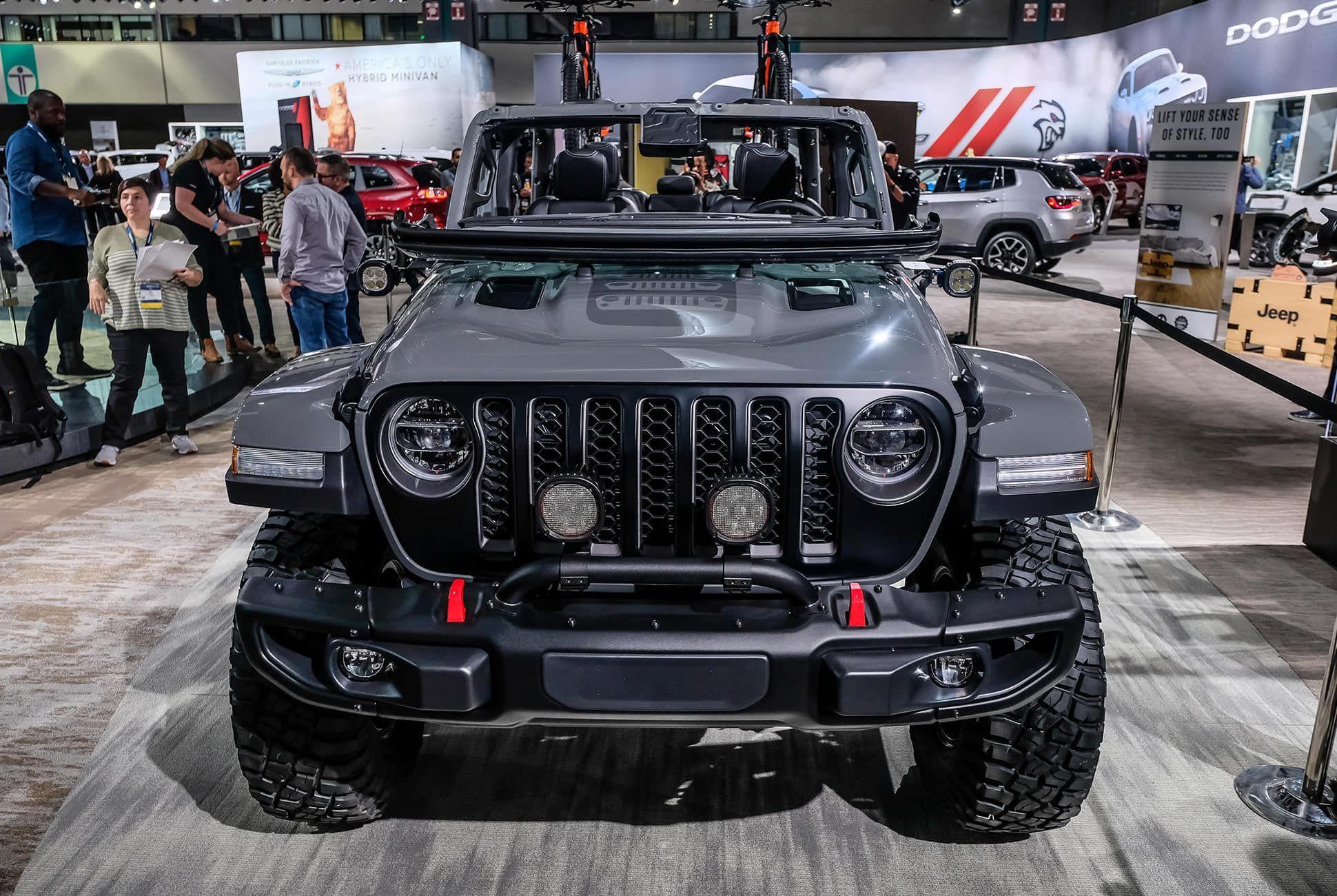 Top-10-LA-Auto-Show-Cars-gear-patrol-Jeep-Gladiator-slide-2