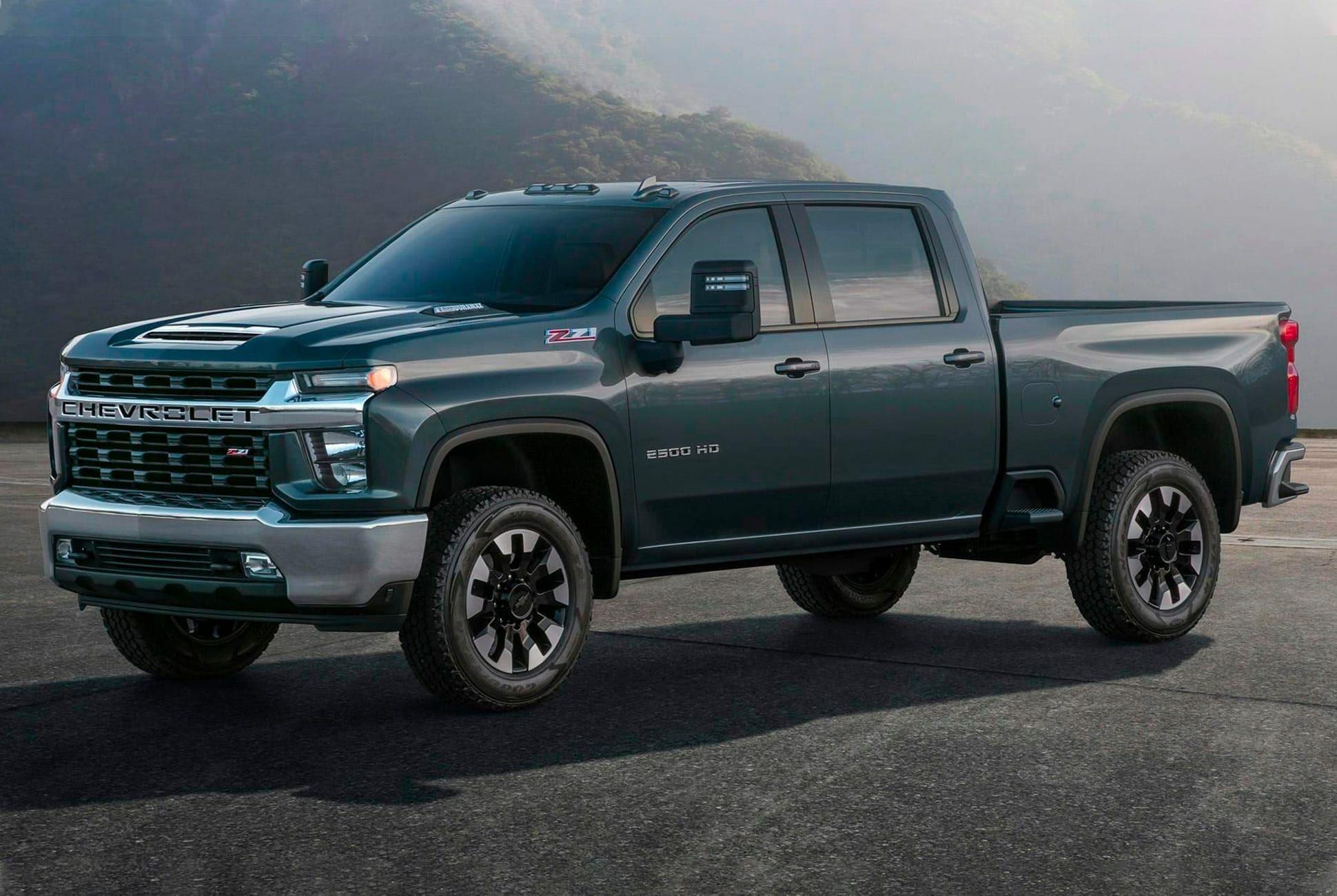 2020-Chevy-Silverado-Gear-Patrol-SLide-1