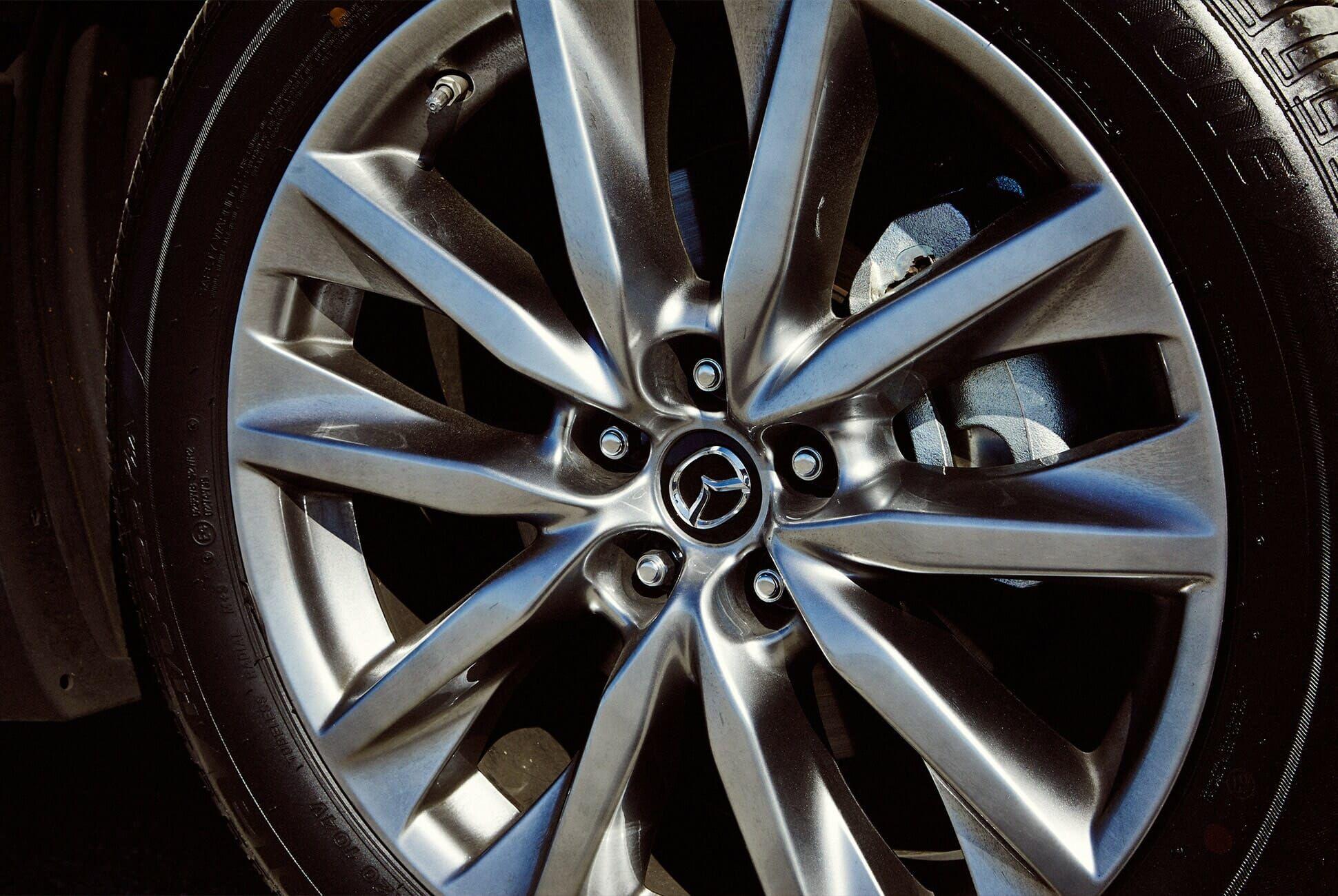 Mazda-CX9-Review-Gear-Patrol-slide-3