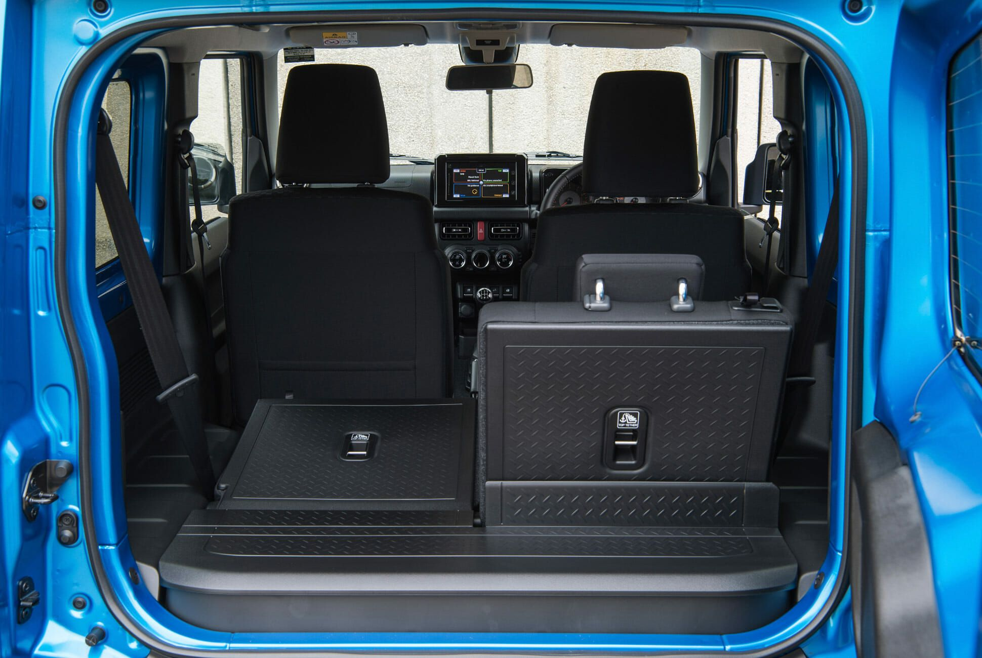 Op-Ed-Suzuki-Jimny-gear-patrol-slide-7