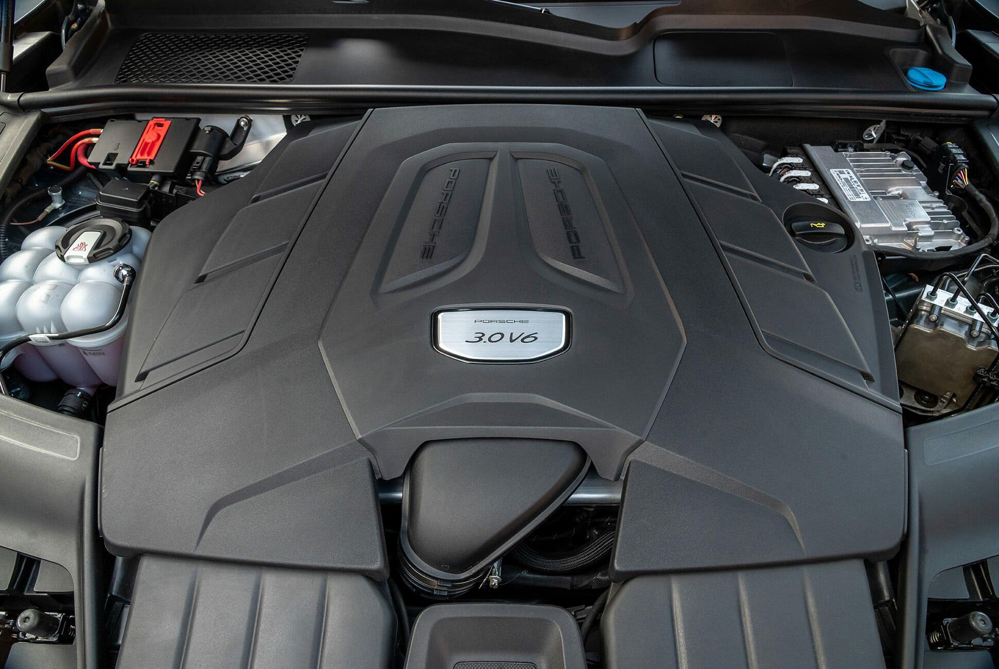 Porsche-Cayenne-Review-gear-patrol-slide-10