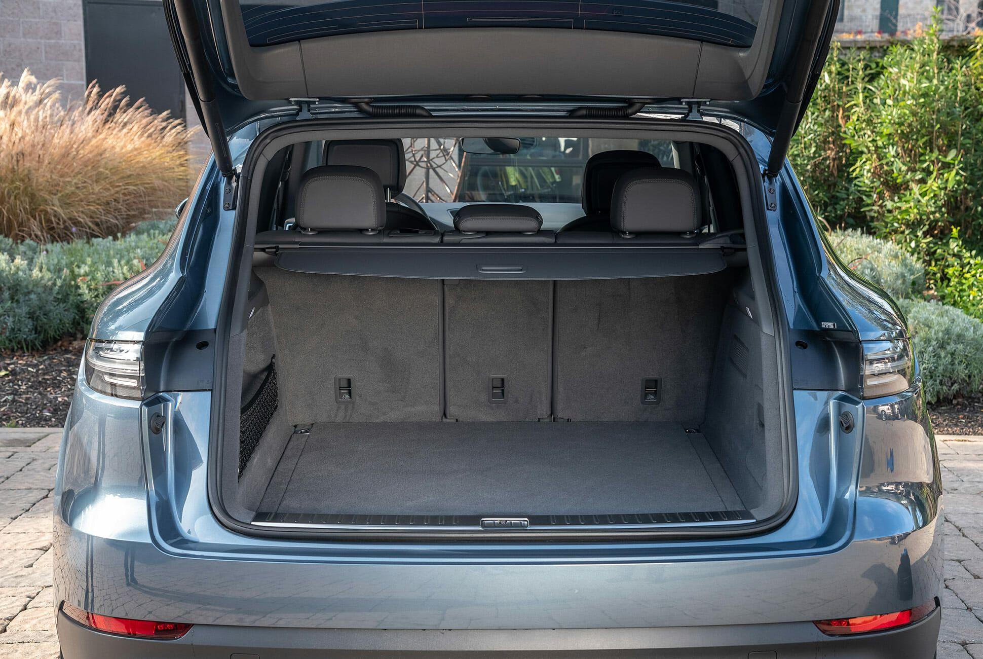 Porsche-Cayenne-Review-gear-patrol-slide-8