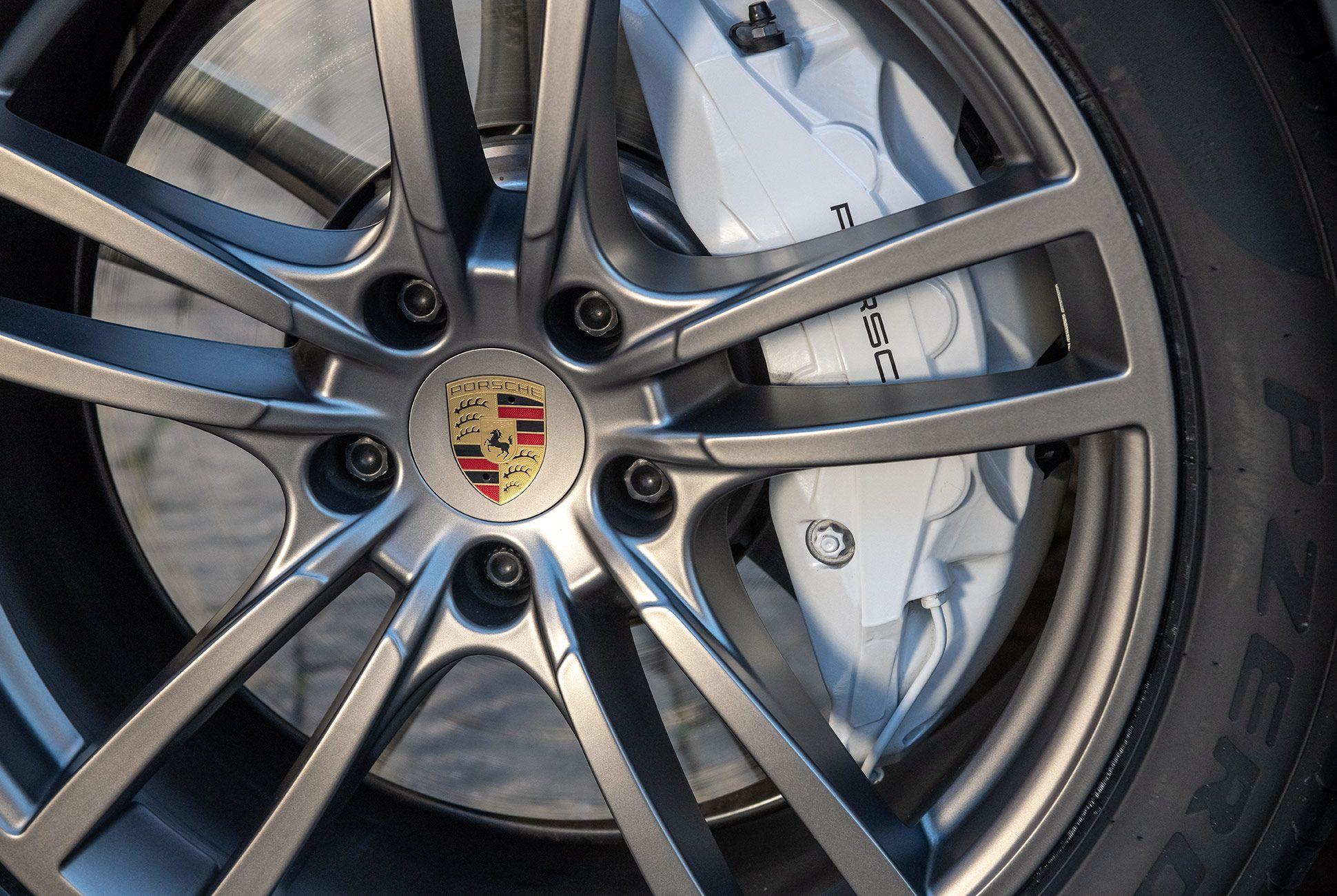 Porsche-Cayenne-Review-gear-patrol-slide-9