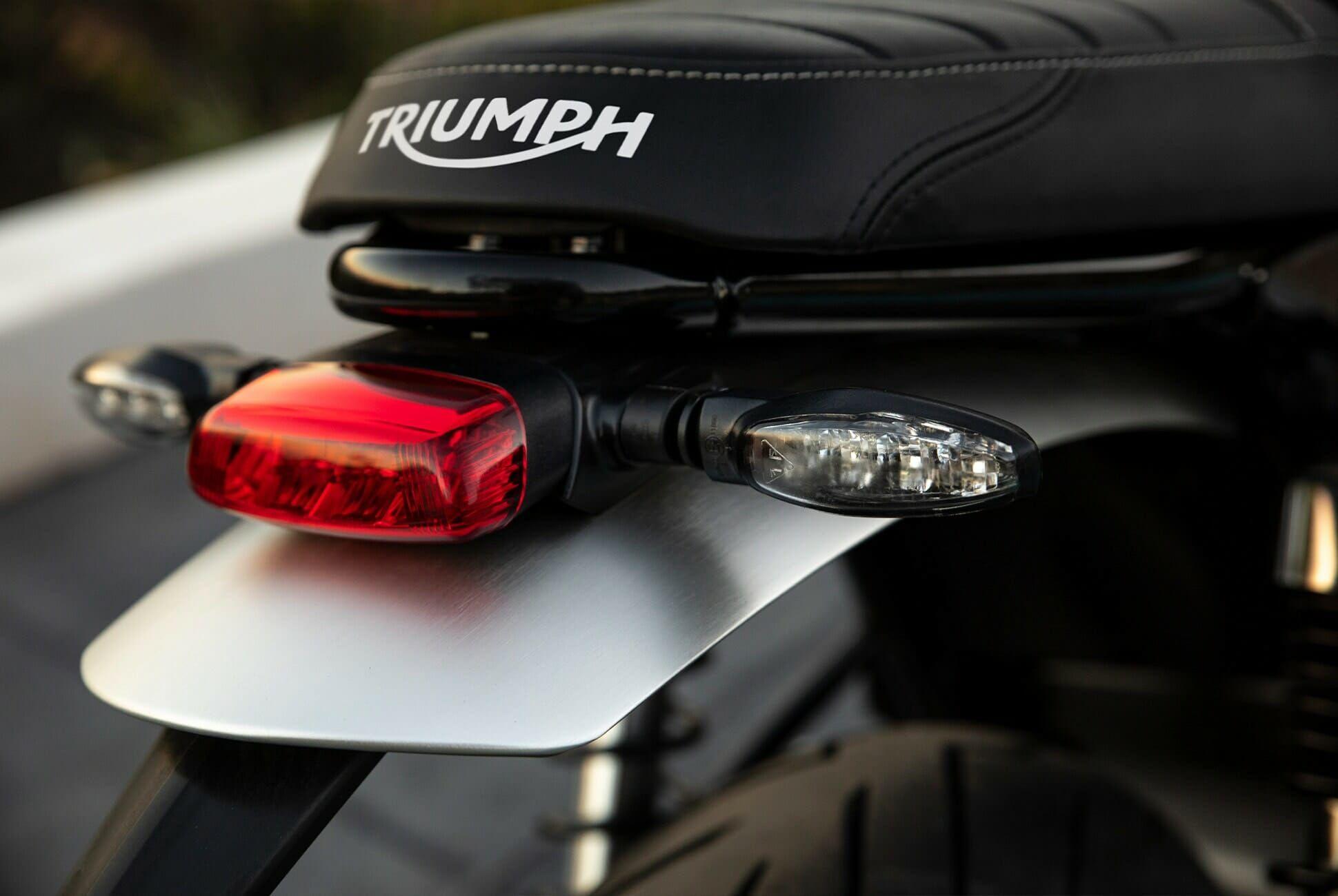 Triumph-Bonneville-Speed-Twin-Gear-Patrol-slide-7