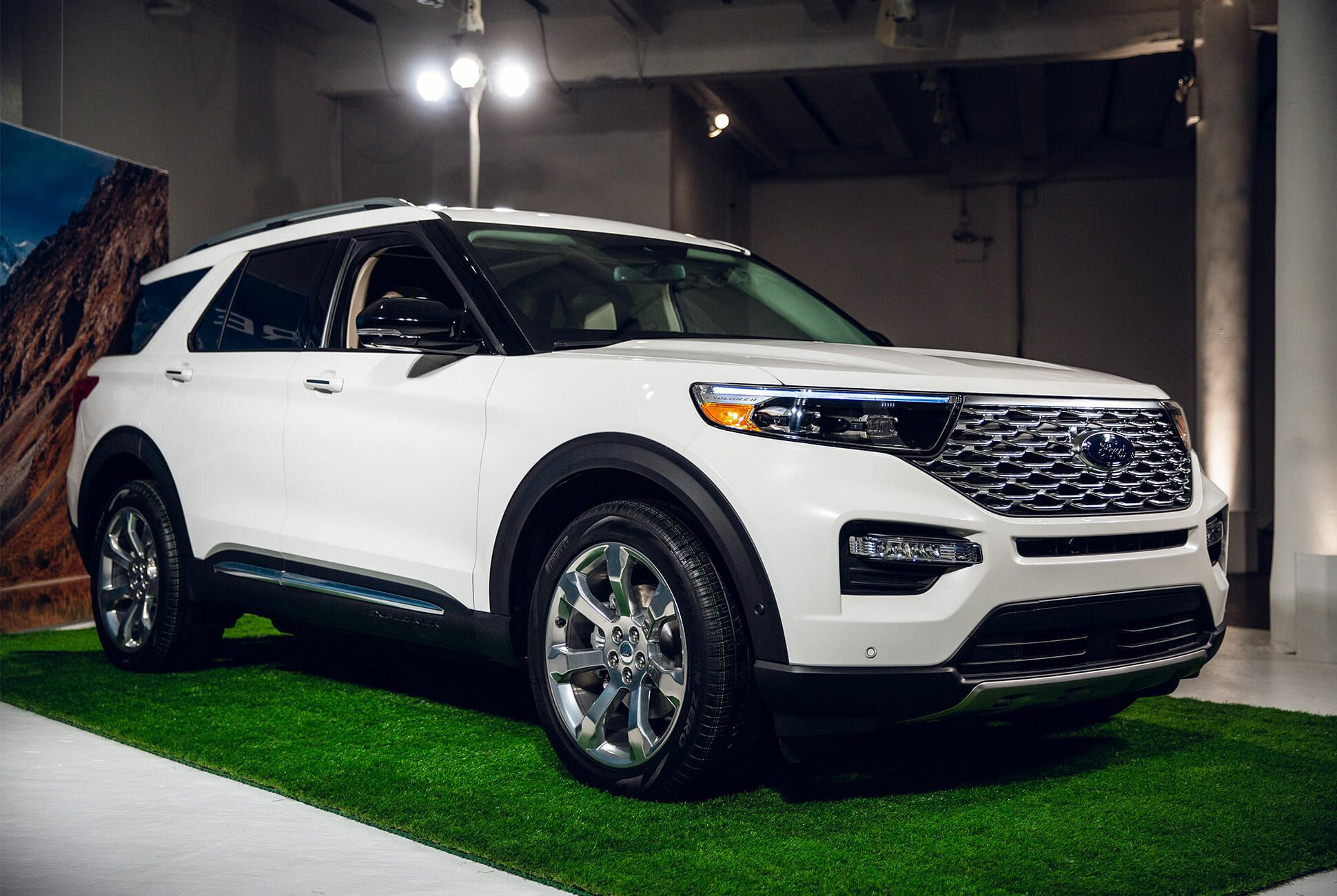 New Ford Explorer >> The 2020 Ford Explorer Is All New From The Ground Up Gear