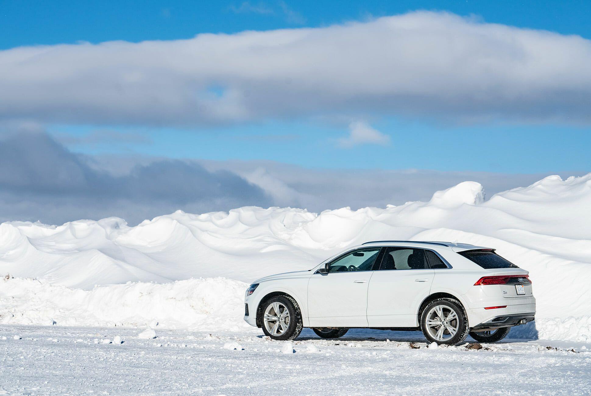 Audi-Q8-2019-gear-patrol-slide-02