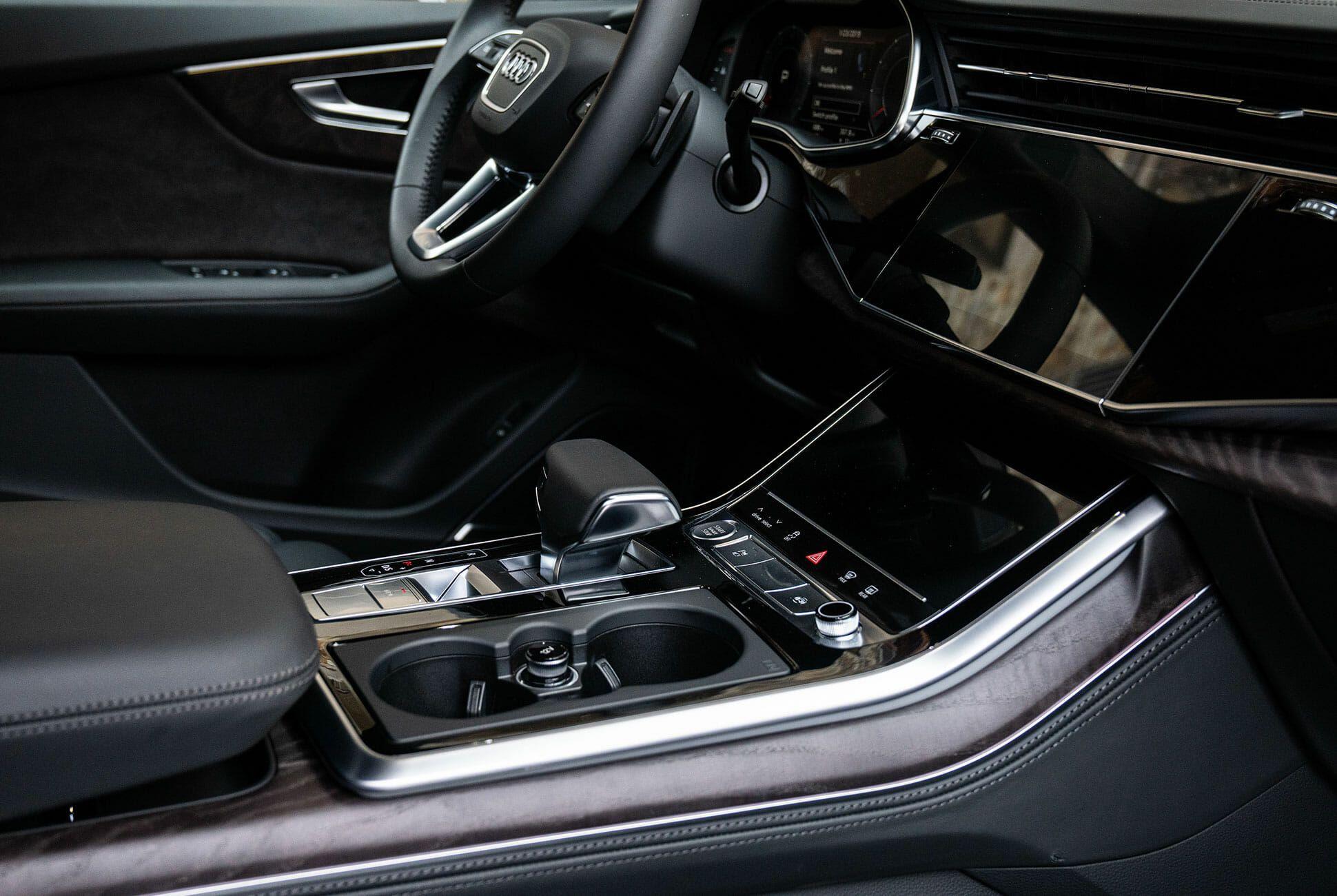 Audi-Q8-2019-gear-patrol-slide-08